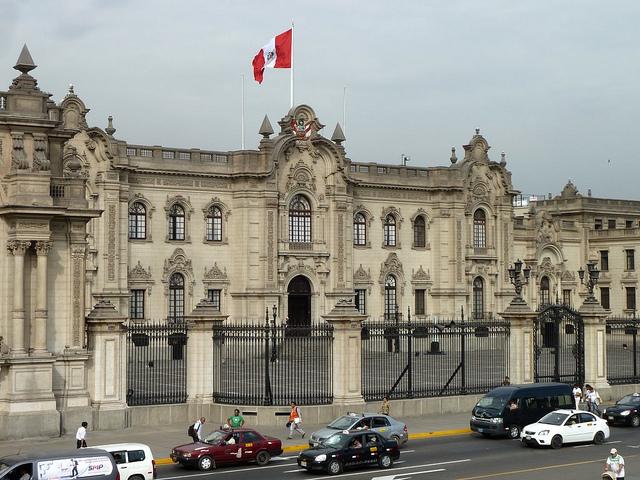 De cómo el Perú quiere justificar la vigilancia masiva, plagiando y tergiversando las palabras de los activistas.